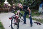 Piotr Kuryłło serwisuje mi rower