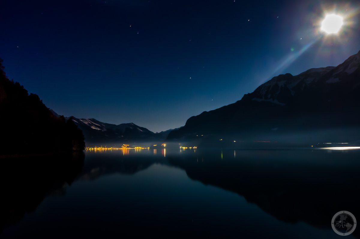 Interlaken nocą, Szwajcaria