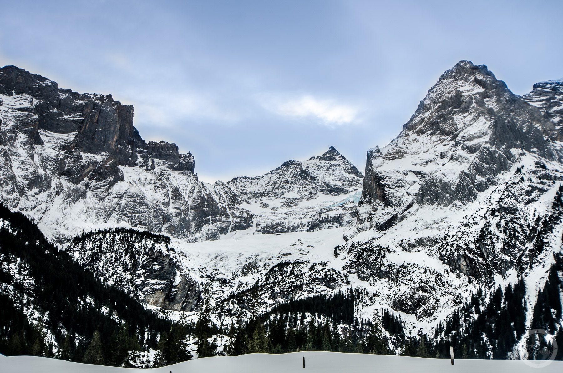 Skaliste szczyty wSchwardzwaldalp, Szwajcaria