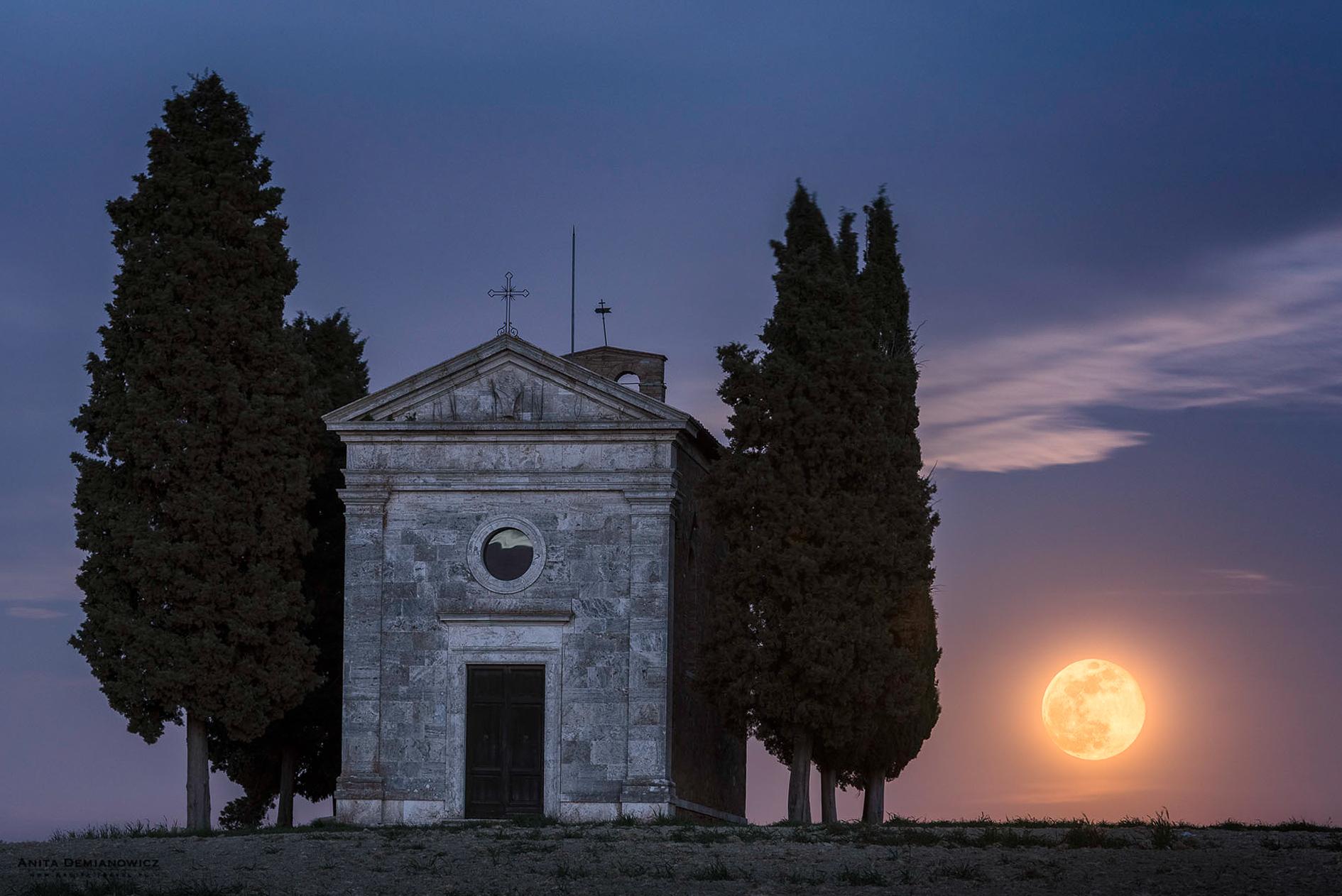 Cappella-della-Madonna-di-.Vitaleta, Toskania, Włochy, ANita Demianoiwcz